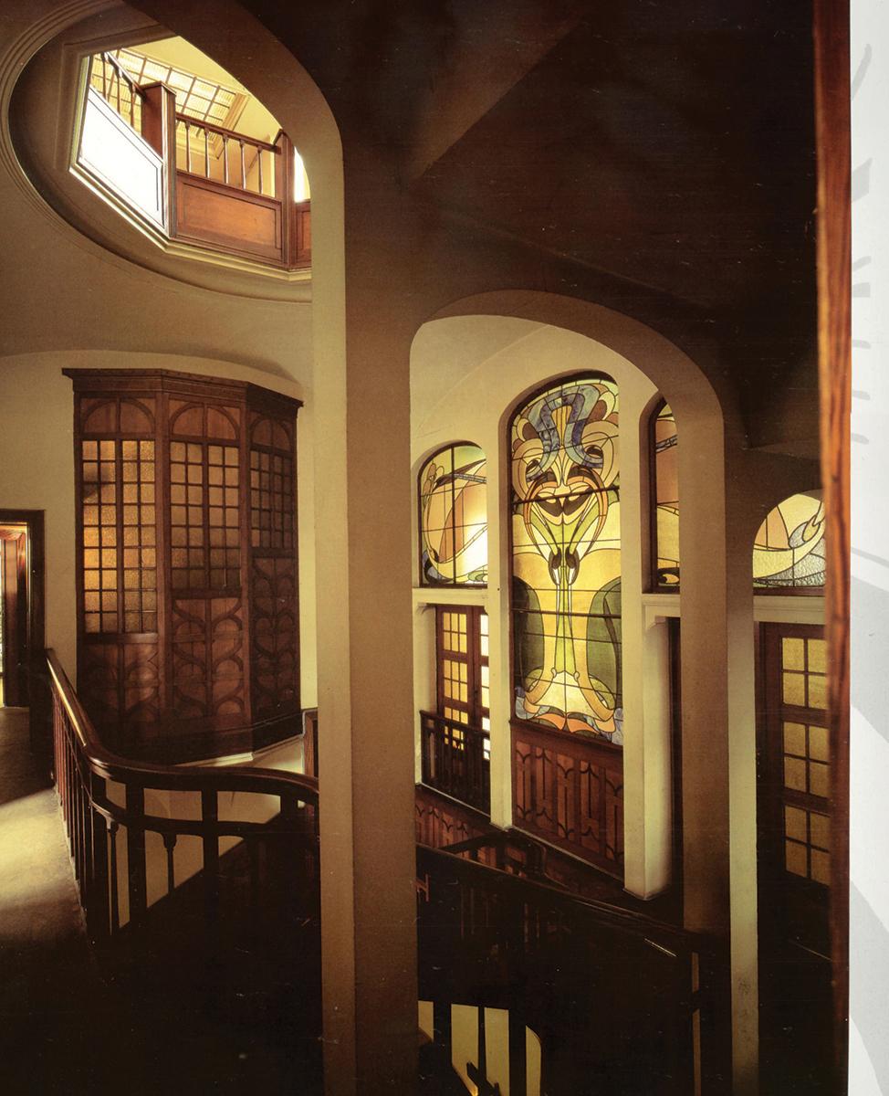 Art Nouveau. Dedzīgs individuālists